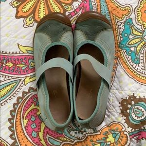 Keen Sienna Mary Jane Flats